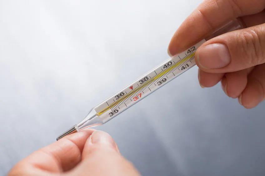高考防疫关键措施:体温低于37.3℃才可进考点